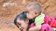 Niềm vui của những đứa trẻ vùng cao Nghệ An