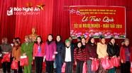 Ngân hàng Nhà nước Chi nhánh Nghệ An trao quà Tết tại Diễn Châu