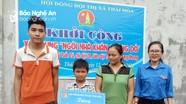 Trao 40 triệu đồng làm nhà ở cho học sinh nghèo vượt khó ở Thái Hòa