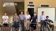 Trao dụng cụ hỗ trợ cho người khuyết tật ở TX Thái Hòa