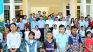 Huyện Anh Sơn trao tặng 275 xe đạp cho học sinh khó khăn