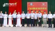 Trao thưởng cho học sinh giỏi Trường Phan Bội Châu