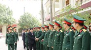 Phó Chủ tịch UBND tỉnh Lê Hồng Vinh thăm, chúc Tết các đơn vị công an, quân sự