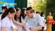 Khen thưởng 140 giáo viên, học sinh Trường THPT chuyên Phan Bội Châu