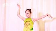 Nữ sinh trường Phan yêu múa, thích làm cô giáo là thủ khoa khối C cả nước