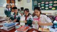 Học sinh Nghệ An quyên góp sách giáo khoa và đồ dùng học tập ủng hộ vùng lũ miền Trung