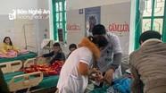 7 học sinh tiểu học nhập viện cấp cứu sau khi ăn bánh mì ở cổng trường