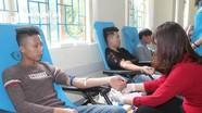 Sinh viên Đại học Sư phạm Kỹ thuật Vinh tích cực hiến máu tình nguyện