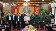 Lãnh đạo tỉnh Nghệ An thăm và chúc Tết Bộ Tư lệnh Quân khu IV