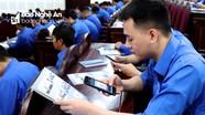 Dự đại hội, thanh niên Nghệ An điểm danh bằng mã vạch, quét mã QR code nhận tài liệu