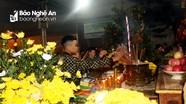 Người dân đi lễ chùa cầu phúc sau đêm Giao thừa
