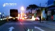 Đạp xe sang đường bị container đâm văng, cụ ông nguy kịch