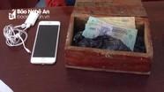 Nam sinh lớp 8 đột nhập nhà dân trộm 40 triệu đồng mua Iphone