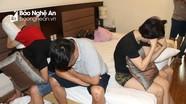 Chị em ruột cùng nhóm thanh niên bay lắc trong khách sạn ở thành phố Vinh