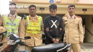 Bắt 'nóng' tên trộm xe máy lấy tiền mua ma túy