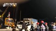 Nghệ An: 3 người tử vong sau va chạm giữa ô tô tải và xe máy