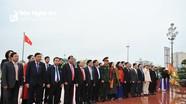 HĐND tỉnh dâng hoa tưởng niệm Chủ tịch Hồ Chí Minh
