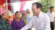 Đồng chí Hồ Phúc Hợp dự Ngày hội Đại đoàn kết tại Diễn Châu
