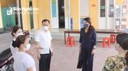 Thành phố Vinh đề xuất 15.000 liều vắc-xin Covid- 19 cho công an xã, tổ Covid cộng đồng, shipper...
