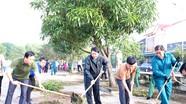 Lãnh đạo TP Vinh cùng người dân tham gia ngày Chủ nhật xanh
