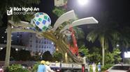 Hàng loạt cột đèn trang trí trên đại lộ Lê Nin (TP Vinh) bị gãy đổ sau trận lốc lớn
