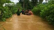 Quỳ Hợp giải cứu kịp thời 6 người mắc kẹt trong mưa lũ