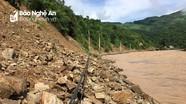 Kỳ Sơn: Mưa lũ cắt đứt tuyến đường từ Mường Xén đi Mường Típ, Mường Ải