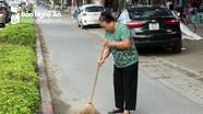 Chuyện người phụ nữ hơn 10 năm quét rác không công ở thành Vinh