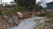 Nước thải không qua xử lý từ khu công nghiệp Đồng Hợp tràn ra sông suối