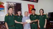 Bộ CHQS Nghệ An thăm, tặng quà lão thành cách mạng, cán bộ tiền khởi nghĩa
