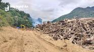 Gần 10.000 m3 rác được đưa lên khỏi lòng hồ thủy điện Bản Vẽ