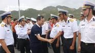 Đoàn công tác tỉnh Nghệ An lên đường thăm huyện đảo Trường Sa và nhà giàn DK1
