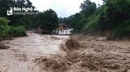 Bão số 4 suy yếu thành áp thấp nhiệt đới, Nghệ An cảnh báo lốc xoáy, lũ quét