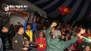 Không khí xem chung kết AFF Cup lượt đi tại nhà cầu thủ Phan Văn Đức