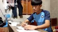 Hoàn cảnh thương tâm của cậu học trò mồ côi nghèo đỗ Học viện Phòng không không quân