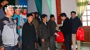 Ngân hàng Nhà nước trao 520 suất quà Tết cho đồng bào nghèo huyện Kỳ Sơn