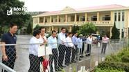 Phó Chủ tịch UBND tỉnh Hoàng Nghĩa Hiếu kiểm tra tiến độ xây dựng nông thôn mới ở Nghi Lộc