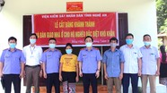 Viện KSND tỉnh bàn giao nhà tình nghĩa cho hộ đặc biệt khó khăn ở Quế Phong