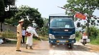 Huyện miền núi Nghệ An căng mình chống dịch tả lợn trong nắng nóng
