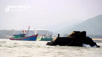 Vì sao ngọn hải đăng gãy đổ ở Nghệ An chưa được khắc phục?
