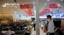 Nghệ An: Cửa hàng 'không thiết yếu' vẫn hoạt động, phường phớt lờ không nhắc nhở