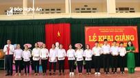 Phó Chủ tịch UBND tỉnh Hoàng Nghĩa Hiếu dự lễ khai giảng Trường THPT Kim Liên (Nam Đàn)