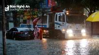Mưa lớn do hoàn lưu bão số 9, Thành phố Vinh chìm trong biển nước