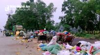 Rác thải sau Tết ngập tràn nhiều tuyến đường ở Nghệ An