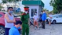 TP. Vinh: Thêm 15 trường hợp bị xử phạt vì ra ngoài không cần thiết
