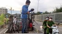 TP.Vinh tiếp tục xử phạt 10 trường hợp đạp xe tập thể dục, đi dạo theo Chỉ thị 16
