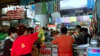 Người dân lại chen nhau mua hàng trước thời điểm TP. Vinh thực hiện Chỉ thị 16