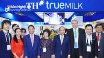 Thủ tướng ấn tượng với dòng sản phẩm sữa hạt của Tập đoàn TH