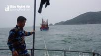 Cứu tàu cá và 6 ngư dân gặp nạn trên biển