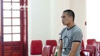 Người đàn ông truy sát vợ con sau buổi làm vía